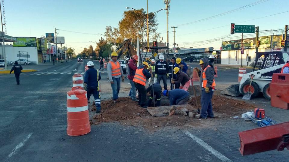 Fuga de gas natural causa pánico y cierre de avenidas