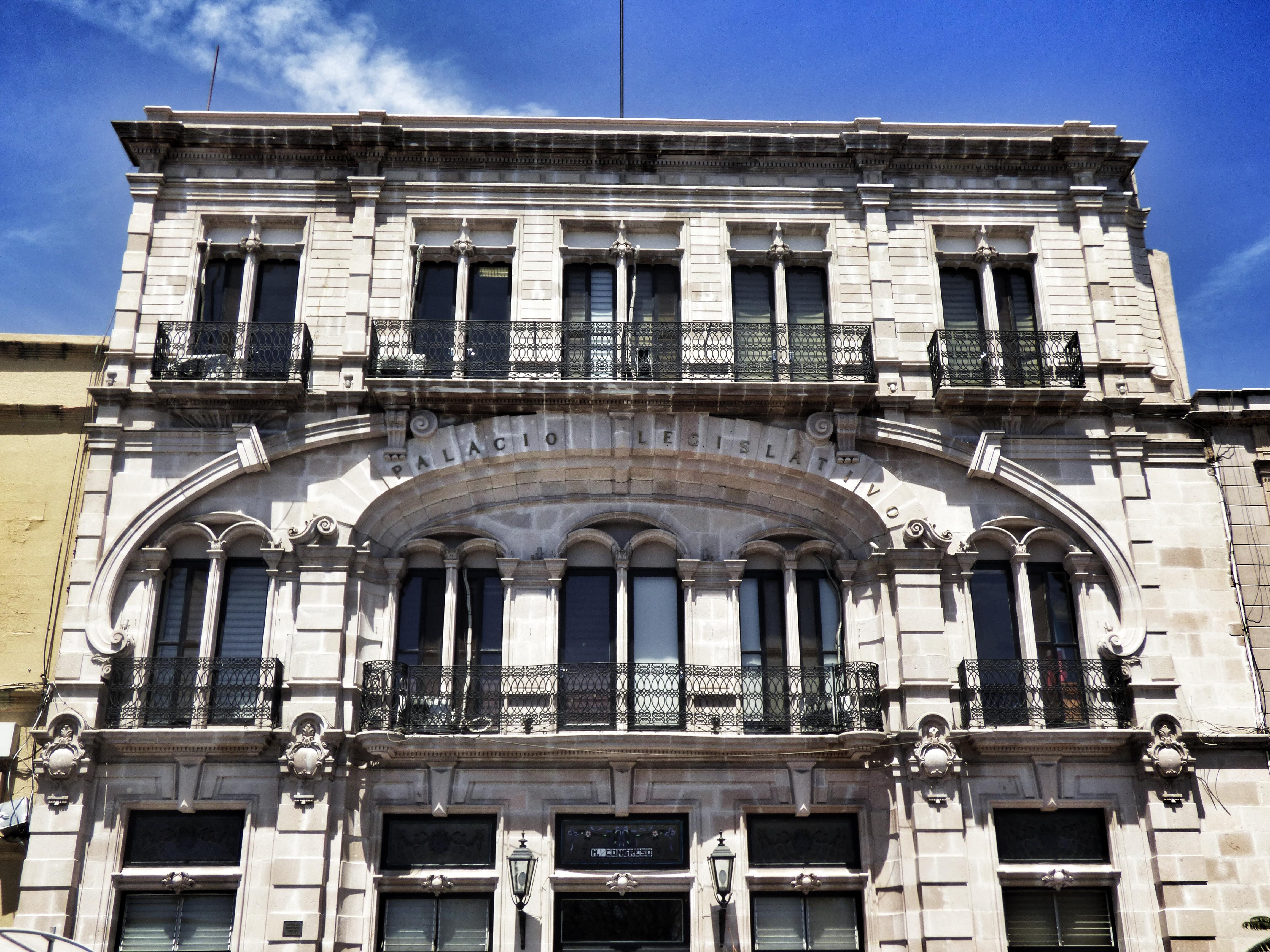 Designan a René Urrutia de la Vega como fiscal