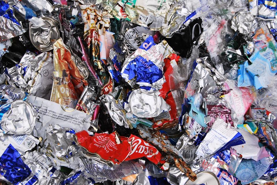 Protectores de animales podrían recuperar material reciclable durante la Feria