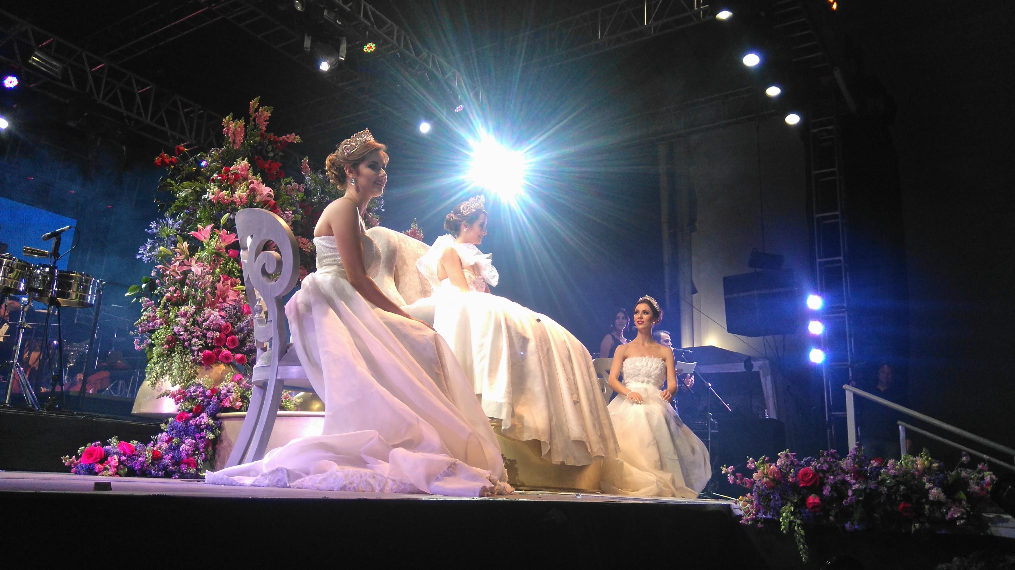Intensificaron preparativos para la coronación de la Reina de la FNSM