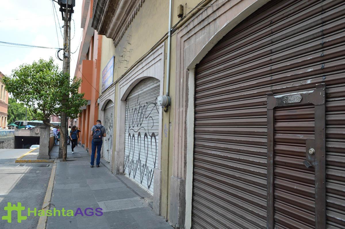 Comerciantes del centro afectados por las marchas de las normalistas