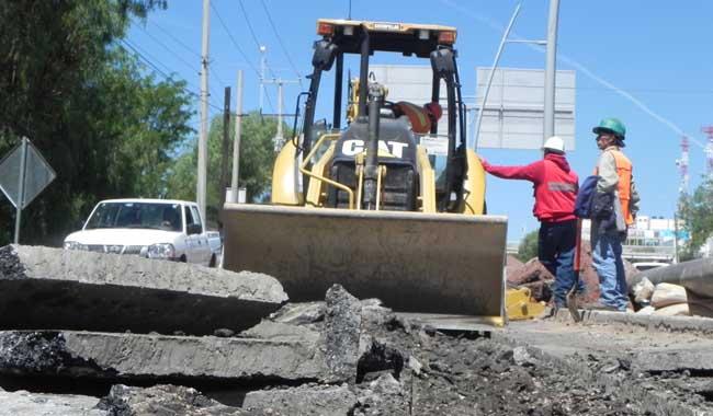 Constructores contratan mano de obra foránea
