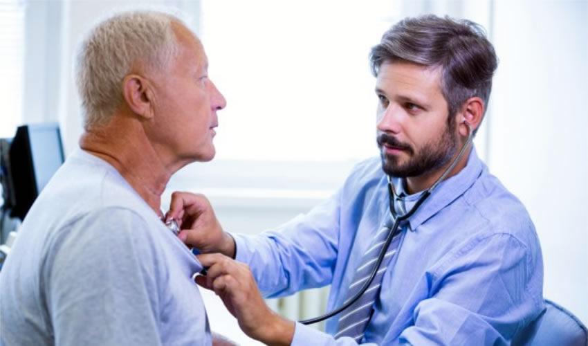 Especialistas Trabajan en la Concientización de los Varones Sobre el Cáncer de Próstata