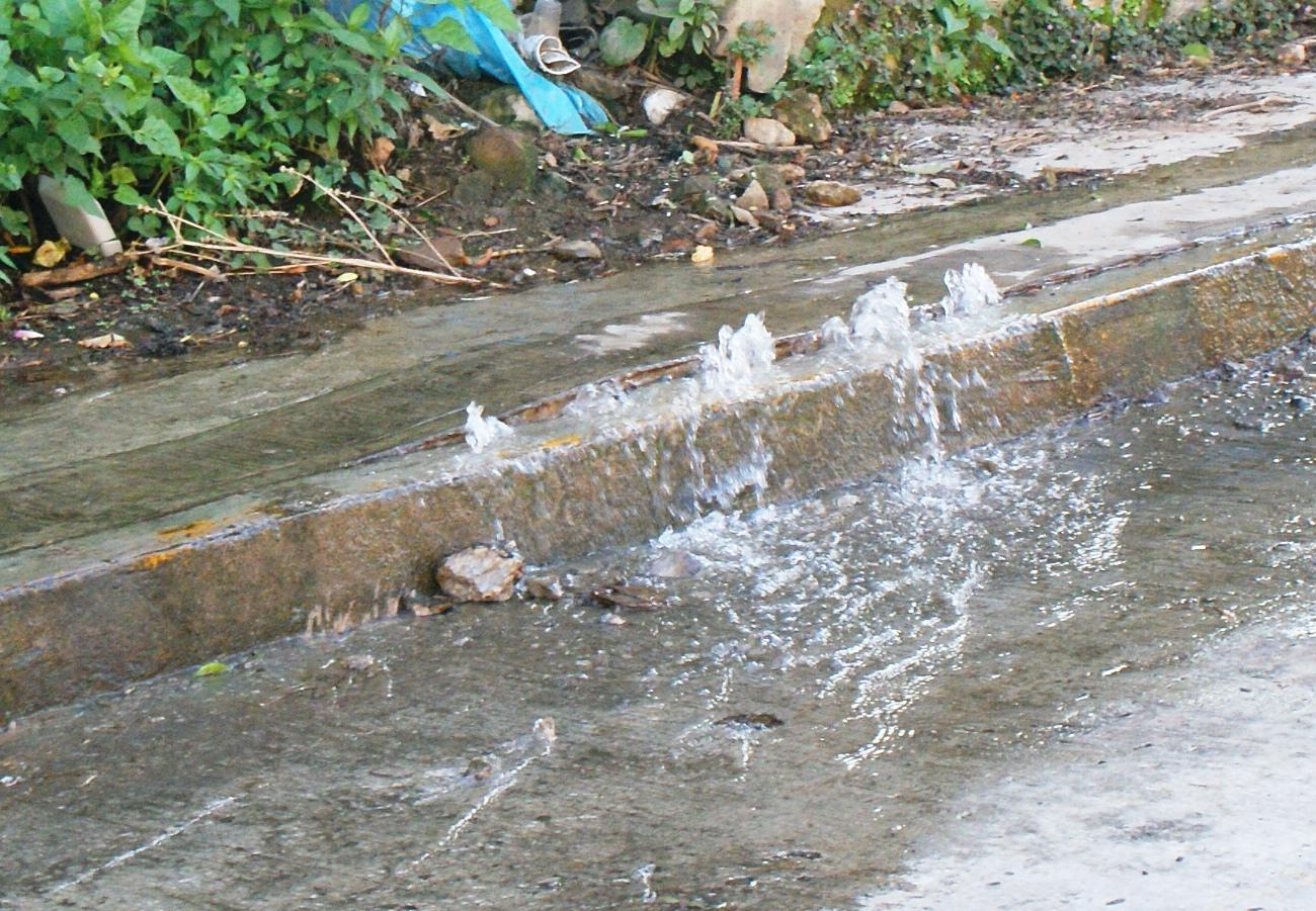 No están sancionando a Caasa por fugas constantes de agua