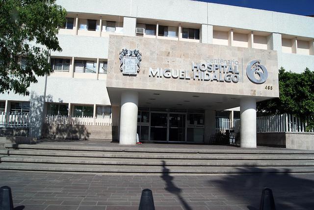 Advierten riesgo de derrumbe en el Hospital Hidalgo