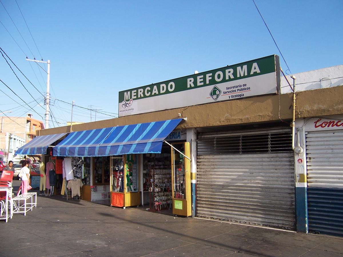 Locatarios del mercado Reforma apoyan proyecto para remodelar ese inmueble