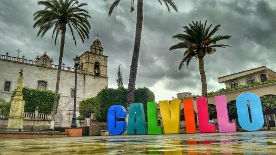 Luchan por conservar 'magia' en municipios turísticos