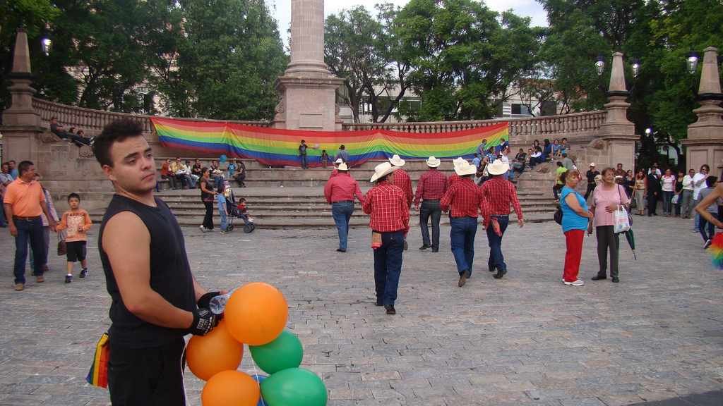 Convocan a marchar por los derechos de la Comunidad LGBTTTI