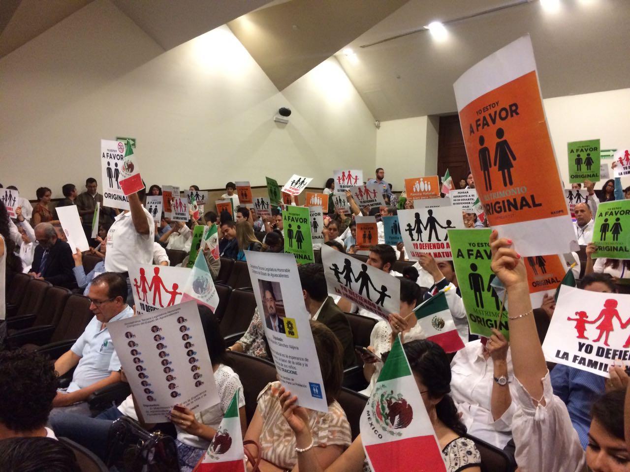 Se niegan diputados del PAN y PES a legislar derechos de la diversidad sexual