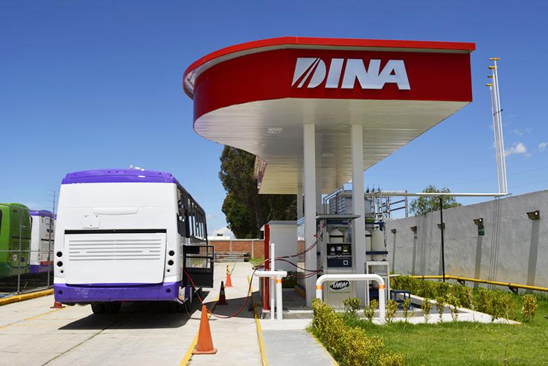 Nuevos camiones urbanos deberán utilizar gas natural de combustible