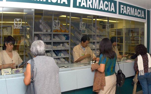 Reporta IMSS pérdidas por 800 mil pesos tras robo de medicamentos