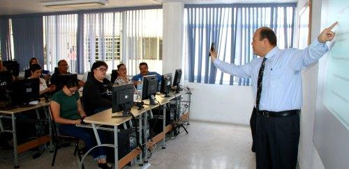 Maestros de Inglés en Normales Percibirán de 25 mil a 30 mil Pesos Mensuales: SEP