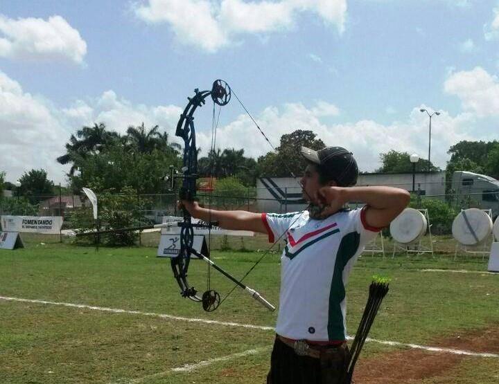 Otorgan Premio Estatal del Deporte a Rodolfo González de Alba
