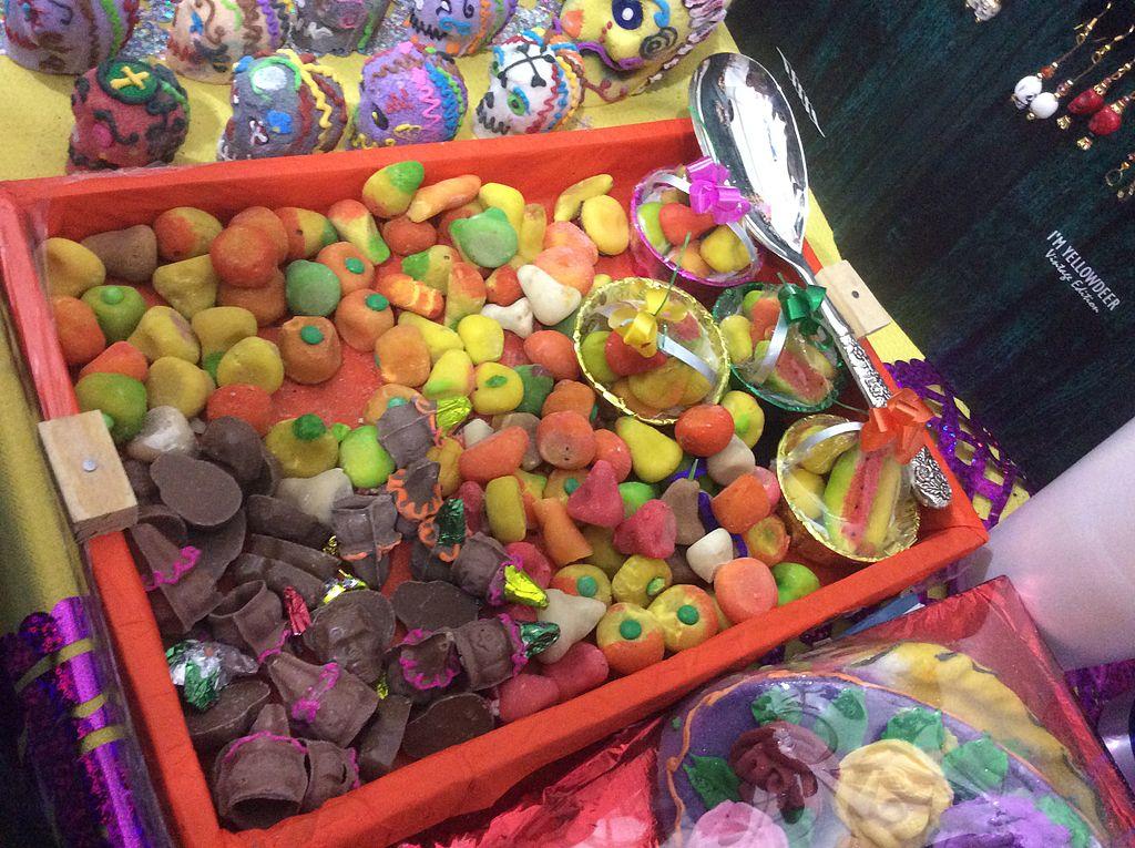 Dan drogas por dulces en Valle de los Cactus